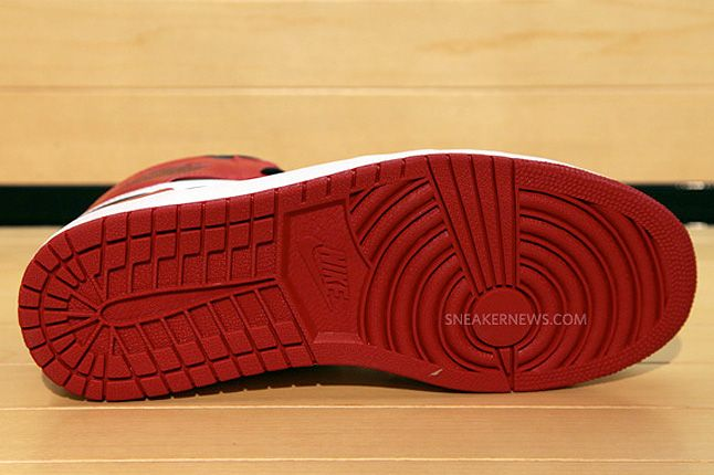 Air Jordan Retro Og Sole 1