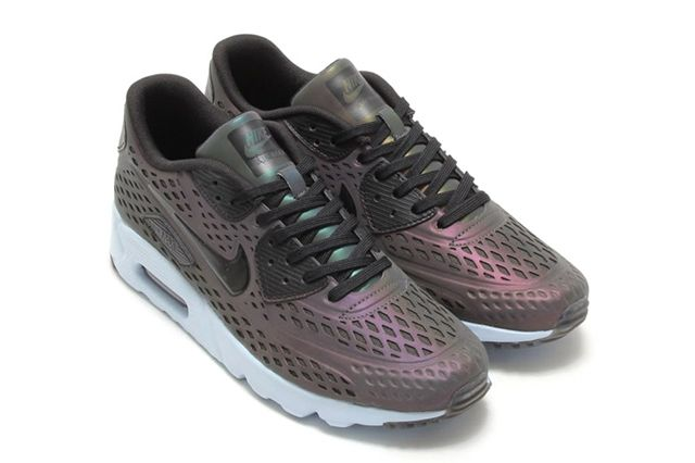 Nike Air Max 1 Ultra Moire Iridescent 04