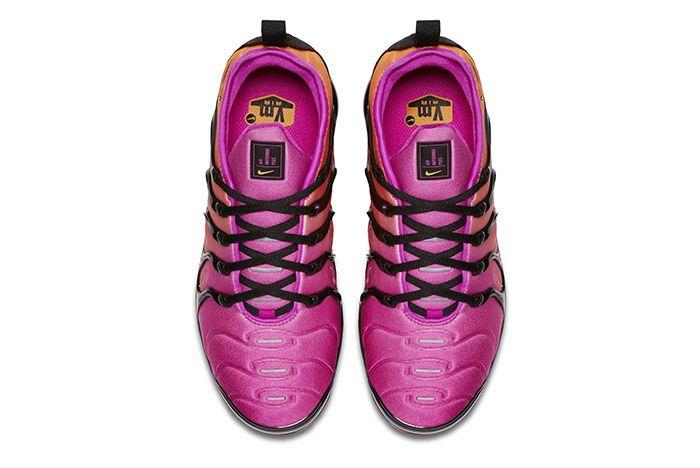 Nike Air Vapormax Plus Womens 5