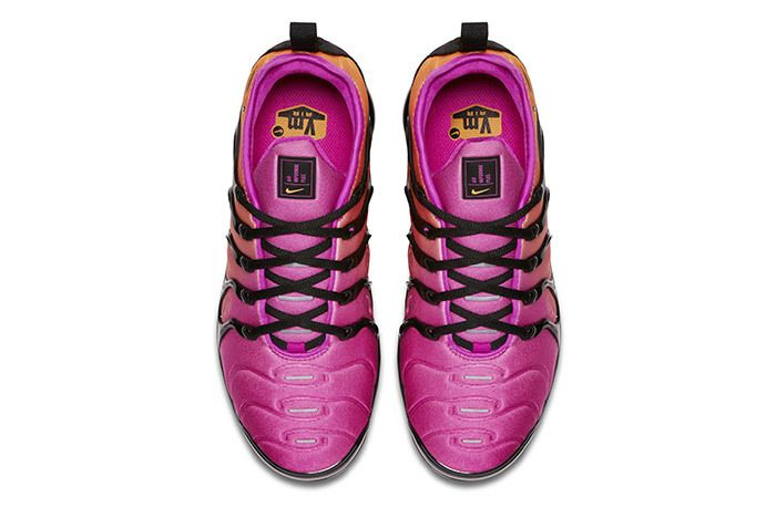 Nike Air Vapormax Plus Womens 5