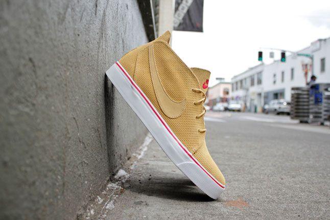 Nike Toki Premium Jersey Gold 3 1