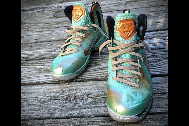 Nike Mache Lebron Custom 1