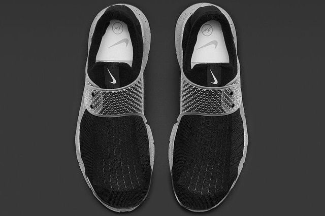 Nike Sock Dart Black Grey