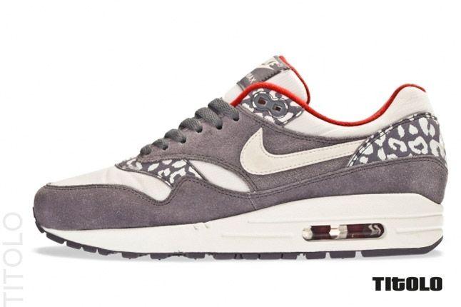 Nike Womens Air Max 1 Leopard Pack Profile 1