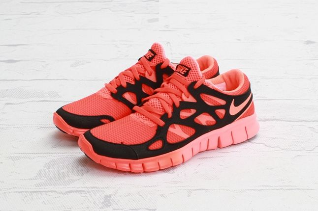 Nike Free Run2 Ext Ttlcrimson Brhtmango Quarter 1