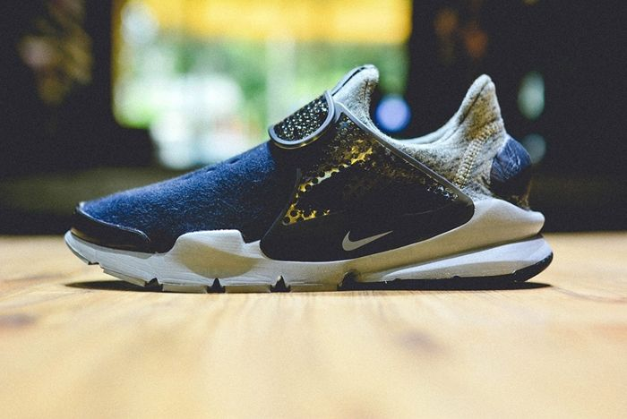 Nike Sock Dart Tech Fleece Navy Grey 1