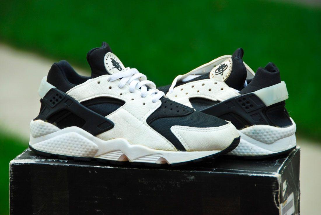 Nike Air Huarache 1992 Black White