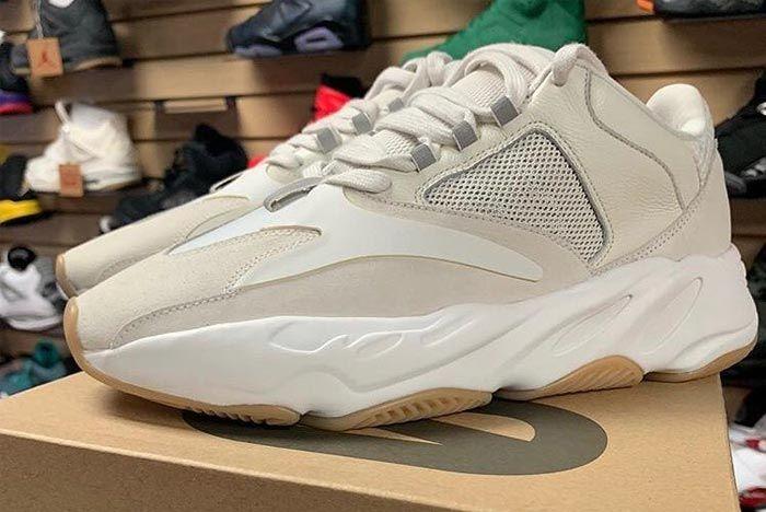 Yeezy Waverunner 700 White Release