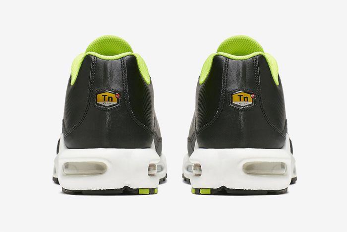 Nike Air Max Plus Tn Se Volt Ci7701 700 Release Date Heel