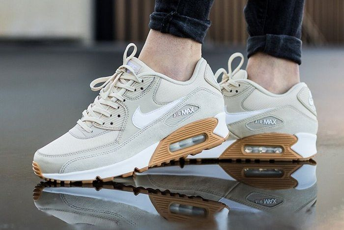 Nike Air Max 90 Womens Oatmeal Gumfeature
