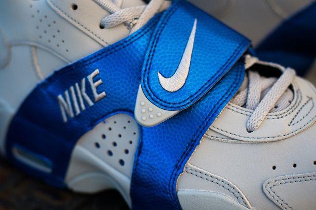 Nike Air Veer Game Royal Midfoot Detail