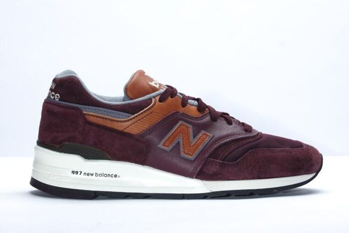 New Balance 997 Burgundy 31