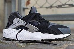 Nike Air Huarache Junior Black Wolf Grey Thumb1