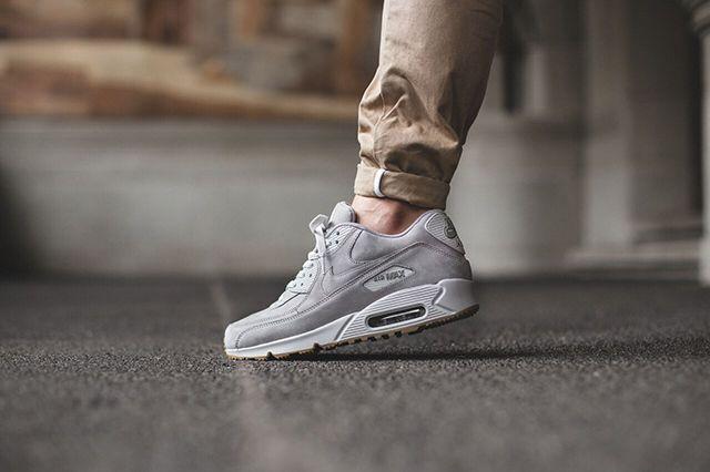 Nike Air Max 90 Winter Medium Grey Natural Grey 3