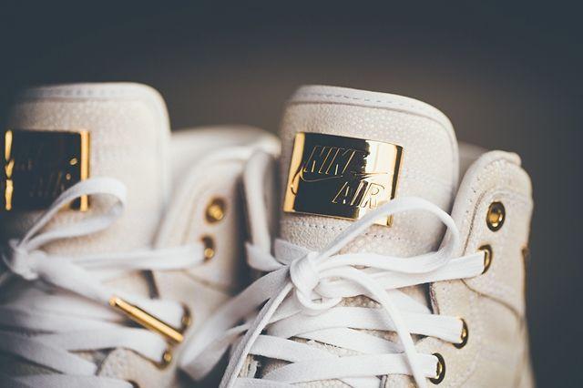 Air Jordan 1 Pinnacle Gold 6