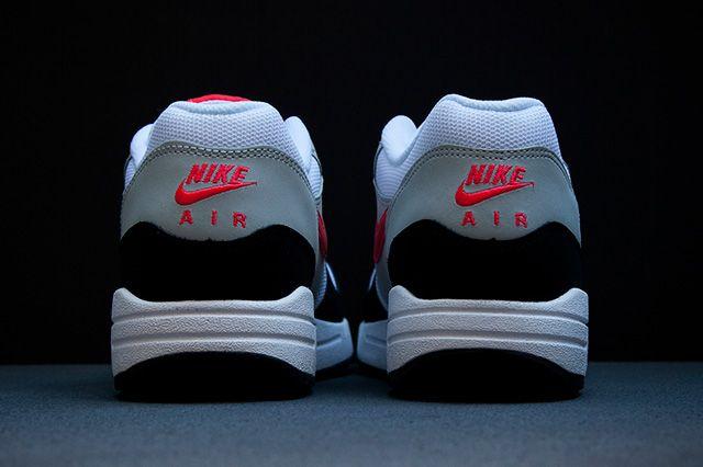 Nike Air Max 1 Black Red
