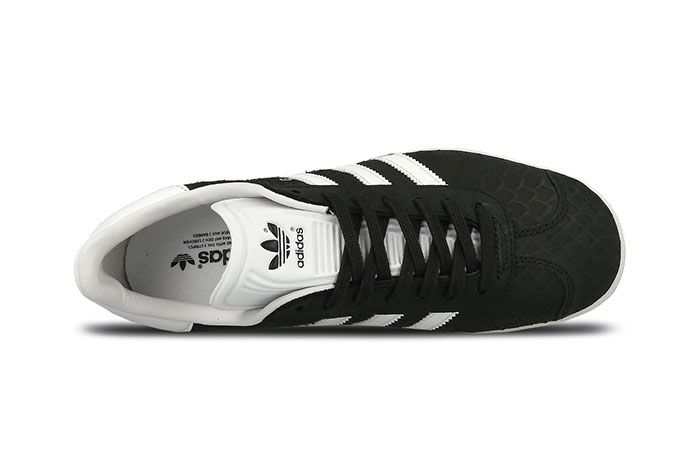 Adidas Gazelle Wmns Core Black Crystal White Chalk White 3