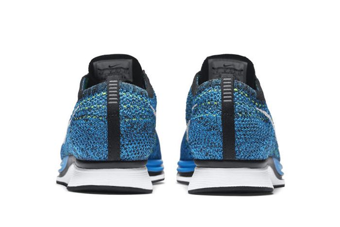 Nike Flyknit Racer Blue Glow 3