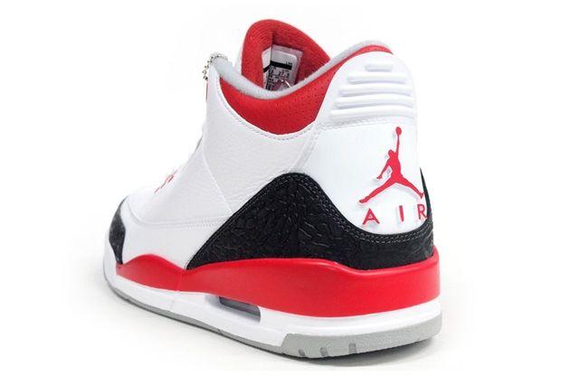 Air Jordan 3 Fire Red Heel Quarter
