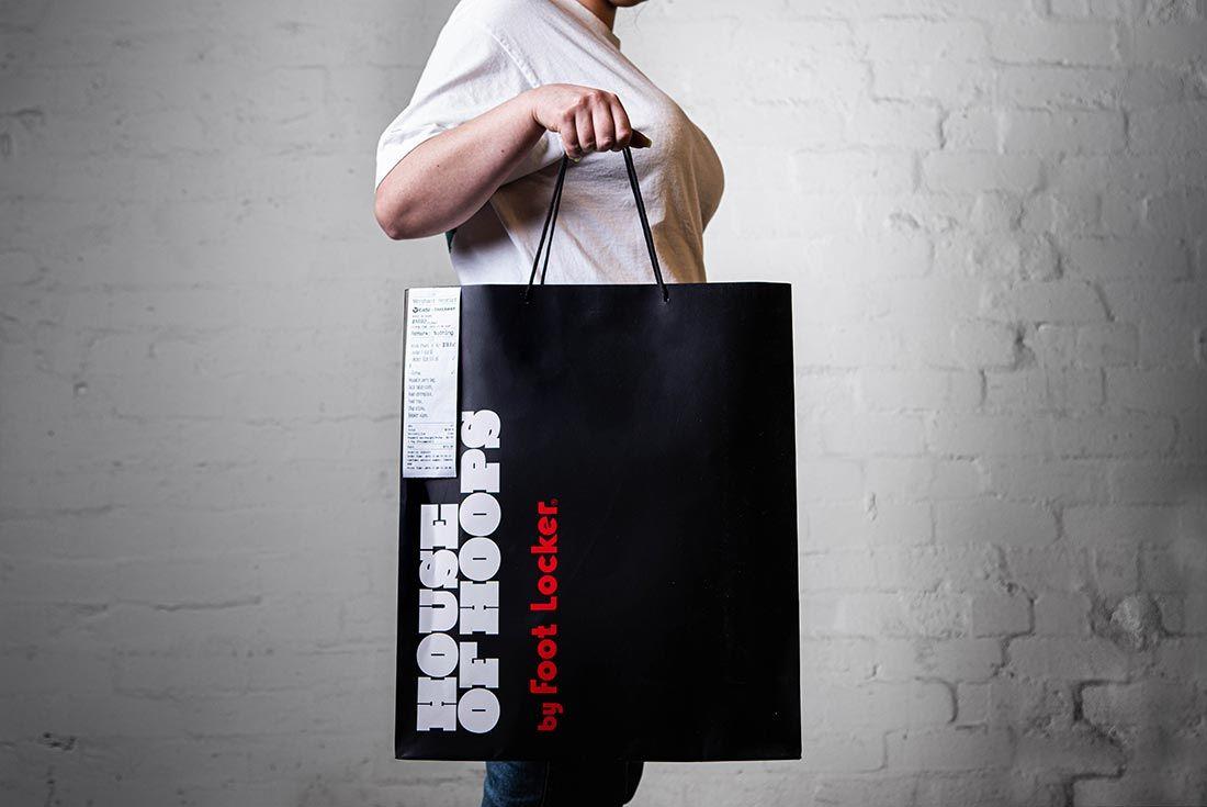 Melody Ehsani Air Jordan 1 Mid Fearless Holding Holding Bag