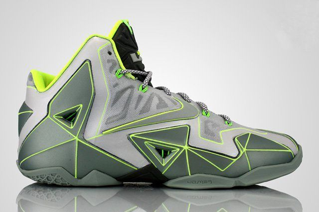Revive Customs Nike Lebron 11 Vector Thumb