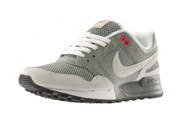 Nike Air Pegasus 89 April Releases 4
