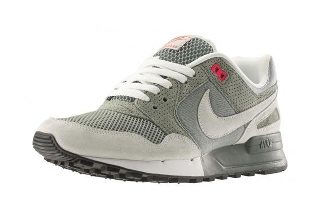 Nike Air Pegasus 89 April Releases 4