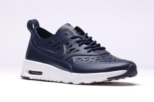 Nike Max Thea Joli Navy1