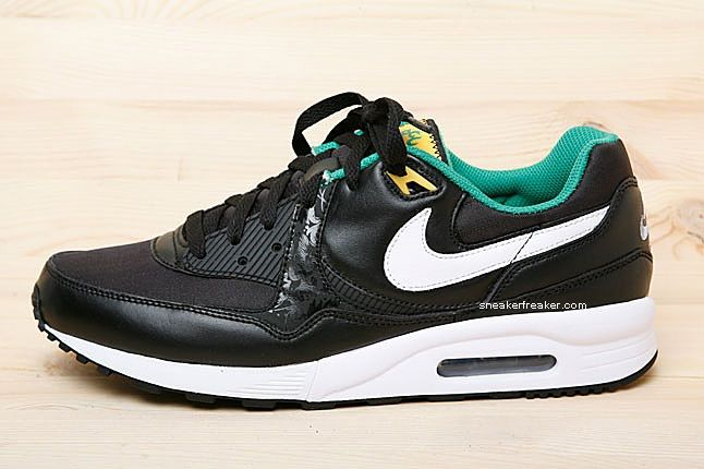Nike World Cup Brazil Air Max Light 2 1