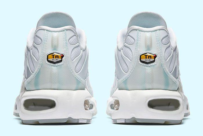 Nike Air Max Plus Ice Blue 5