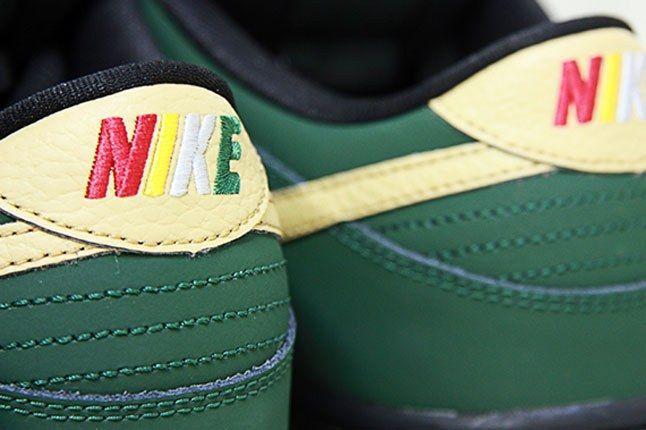 Nike Sb Dunk Low Bhm Detail Heel 1