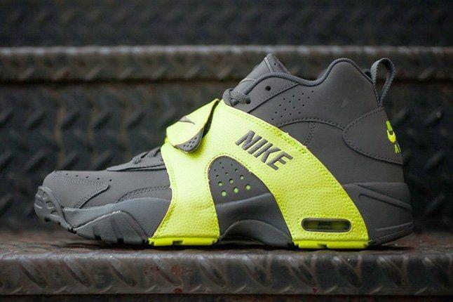 Nike Air Veer Volt 6