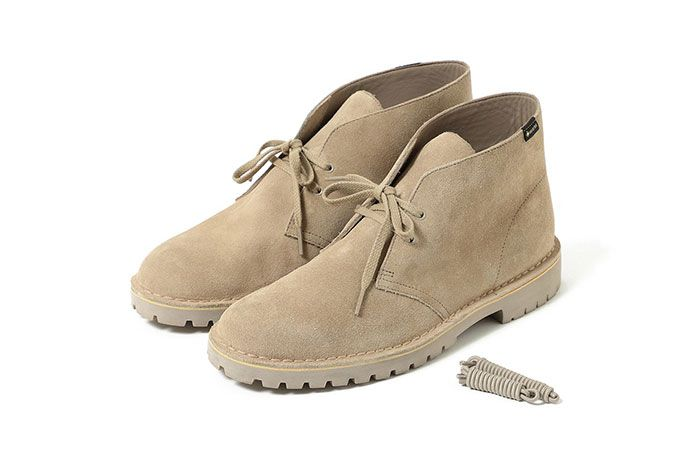 Clarks Beams Desert Boot Gore Tex Sand Front Angle