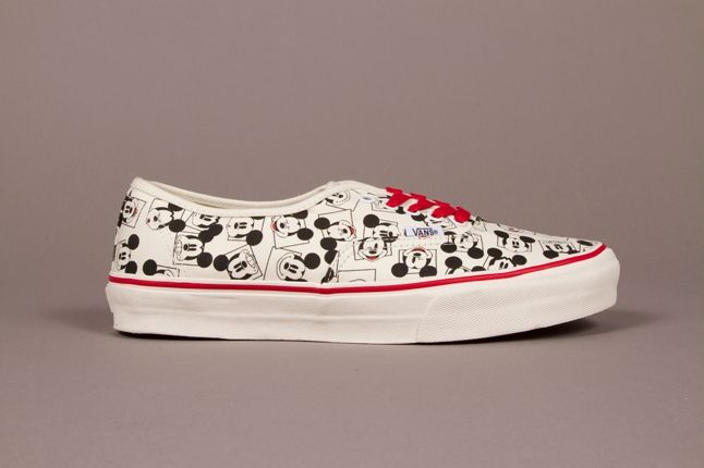 Vault By Vans X Disney Og Authentic Lx Mickey Square Classic White Adult Fall 2013 1