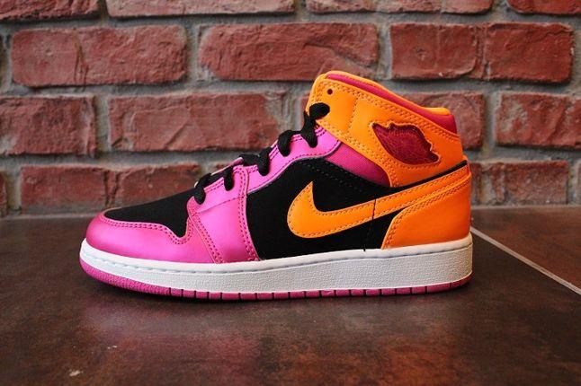 Air Jordan 1 Gs Pink Orange Profile 1