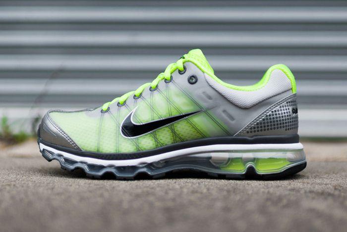Nike Air Max 2009 Volt