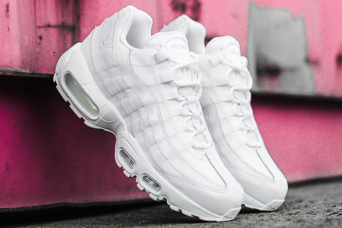 Nike Air Max 95 Jd Sports Australia White Pair Pink Background
