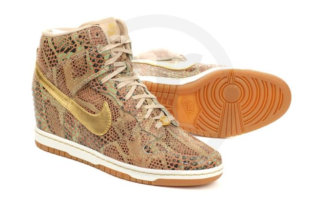 Nike Dunk Sky Hi Yots Hero Outer Sole 1