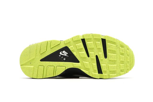 Nike Air Huarache Neon 1