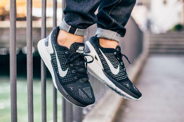 Nike Lunarglide 7 Black Summit White 2