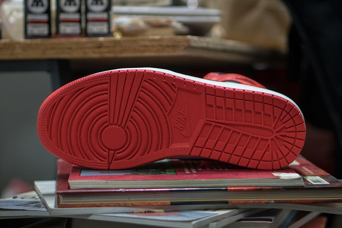 Air Jordan 1 Retro Rare Air Max Orange4