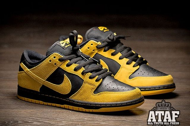 Nike Sb Dunk Low University Gold Black 1