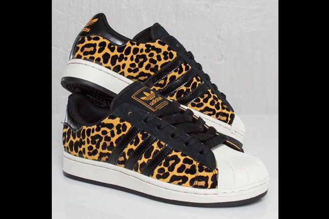 Adidas Originals Superstar 2 Leopard Pair Quater 1