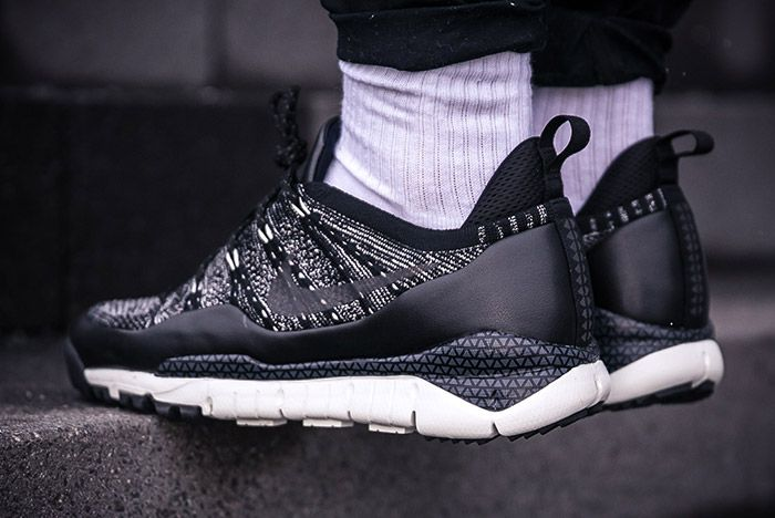 Nike Lupinek Flyknit Black Anthracite 4