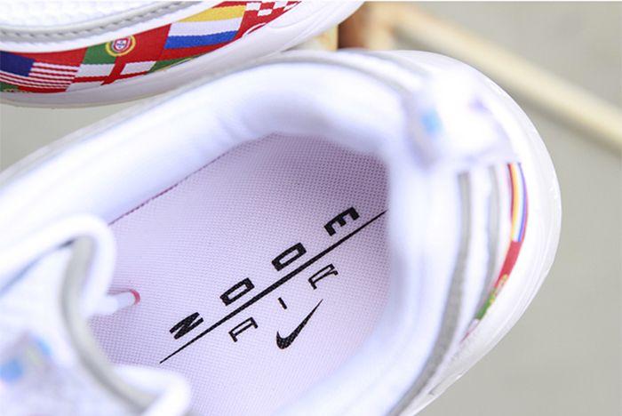 Nike Flag Spiridon 3