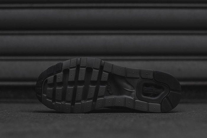 Nike Air Max Zero Black 5