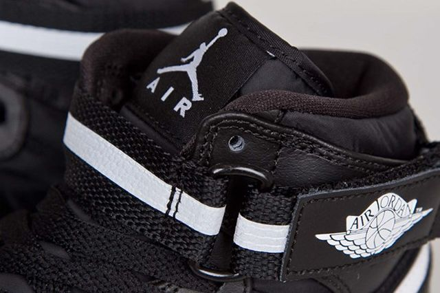 Air Jordan 1 High Strap Black White 3