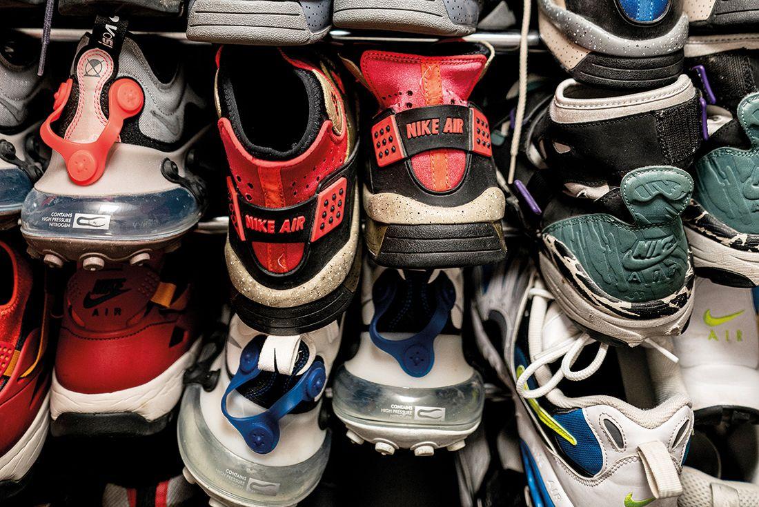 Teki latex sneaker collection