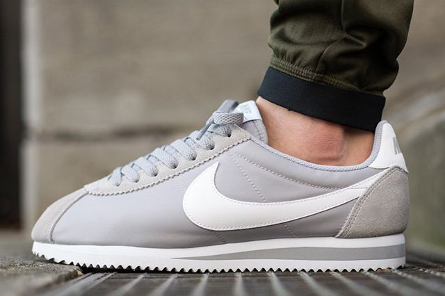 Nike Classic Cortez Nylon Wolf Grey 2