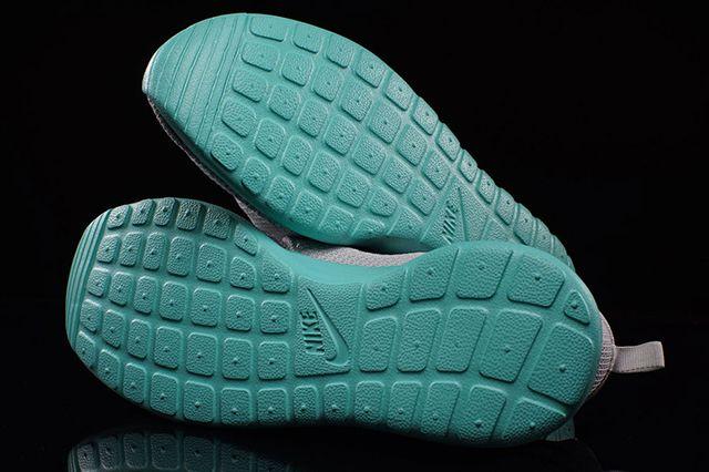 Nike Roshe Run Calypso 3
